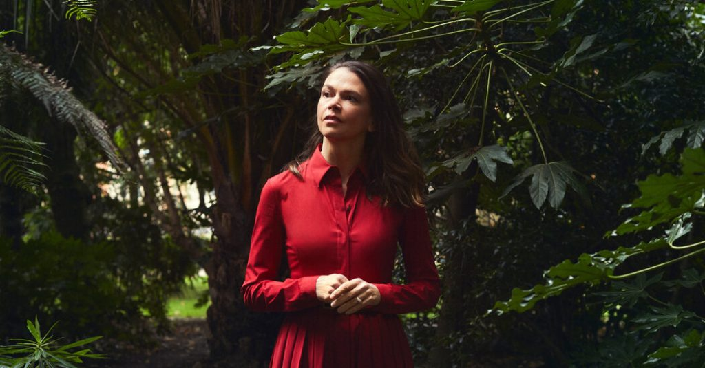 For Sutton Foster, Crochet Is a Survival Tactic